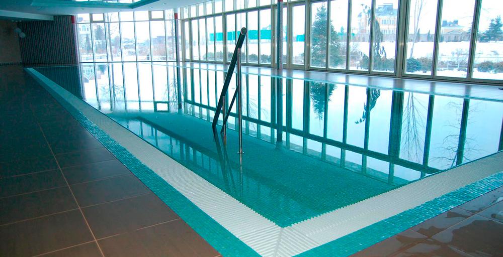 Частный бассейн «Срібна затока»