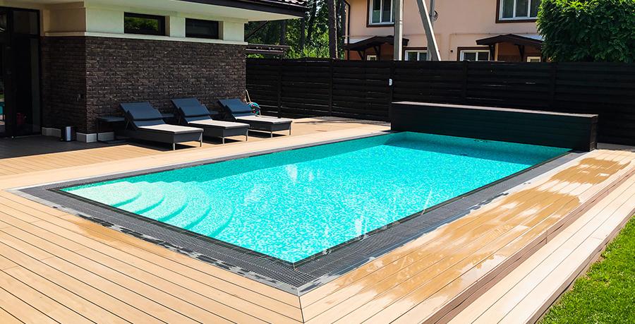 Приватний басейн.